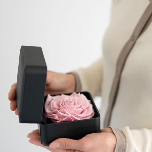 フラワージュエリーBOX ピンク (ネックレス リメイクサービス付き)