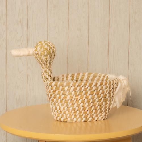 【花に記念日プリント】幸せを運ぶ鳥カゴLと季節のフラワーアレンジメント 生花・フェアトレード商品