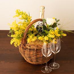 季節のアレンジメント(みもざシーズナブル)+シャンパン(ブランド・ブラン)+彫刻ペアグラス