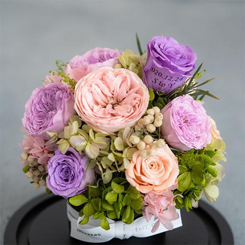 【花に記念日プリント】フラワードームアレンジメント ヴァイオレット M 紫のバラ