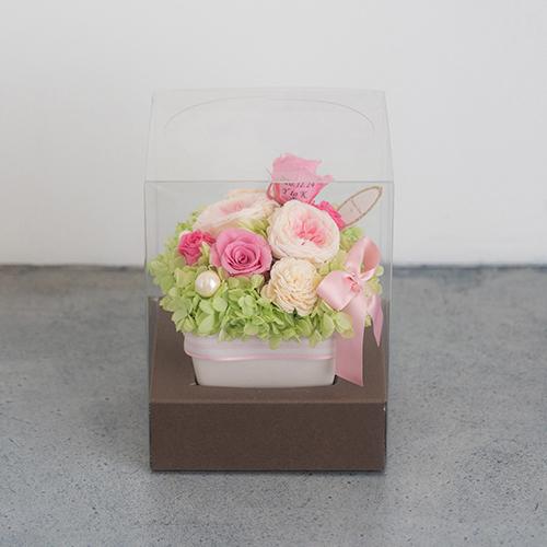 【花に記念日プリント】パステルプリザーブドフラワーアレンジL≪ピンク≫