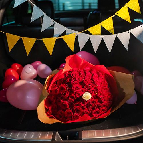 【車でサプライズ】 ハートバルーン+フラッグ装飾セット