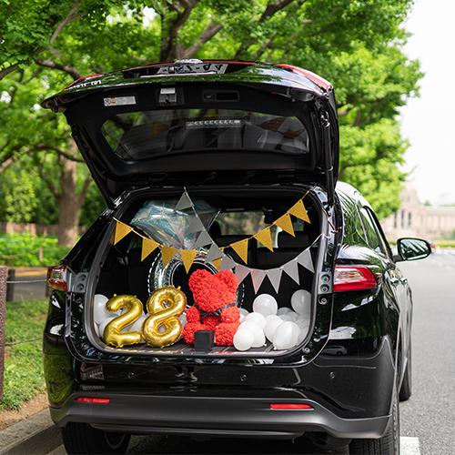 【車でサプライズ演出】ホワイトバルーン+フラッグ装飾セット