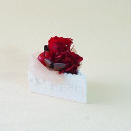 【メッセージローズ】赤りんごのホイップクリームショートケーキ&プリザーブドフラワー≪レッド≫