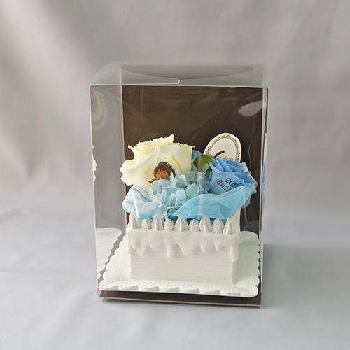 【メッセージローズ】青りんごのホイップクリームスクエアケーキ&プリザーブドフラワー≪ブルー≫