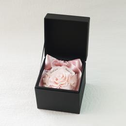 プロポーズボックス ROSE BOUTE ブラックBOX ≪ハニーピンク≫
