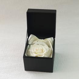 プロポーズボックス ROSE BOUTE ブラックBOX ≪ホワイト≫