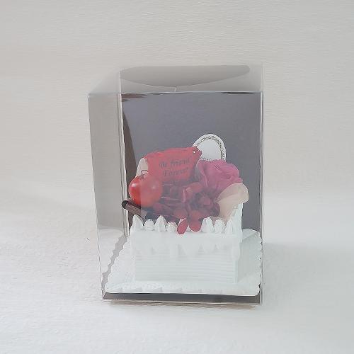 【メッセージローズ】赤りんごのホイップクリームスクエアプリザーブドフラワーケーキ≪レッド≫